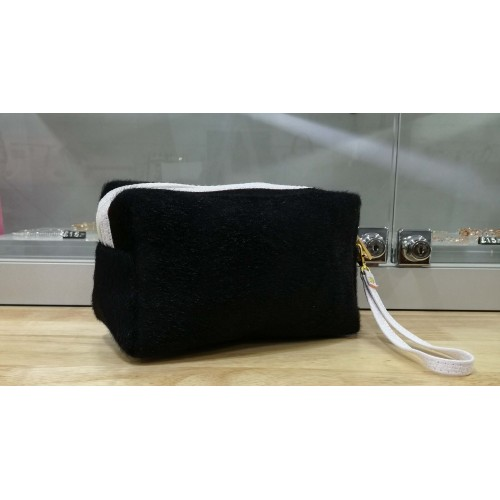 Furry make up bag - Black