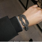 Knot crystal bracelet - smoke black