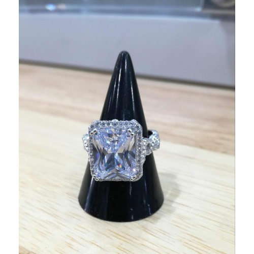 Crystal rectangle ring